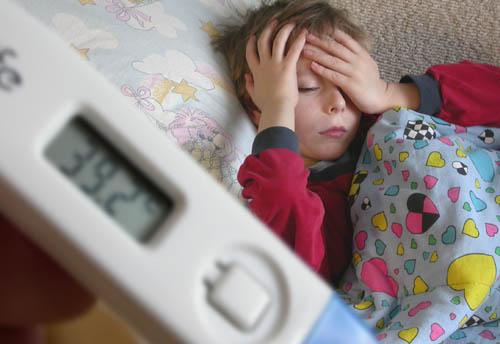 температура у ребенка повышается 5 день обычного согревания